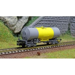 Arnold HN6393 Wagon citerne à bogies, SNCF, livré gris/jaune, transport de souffre, échelle N
