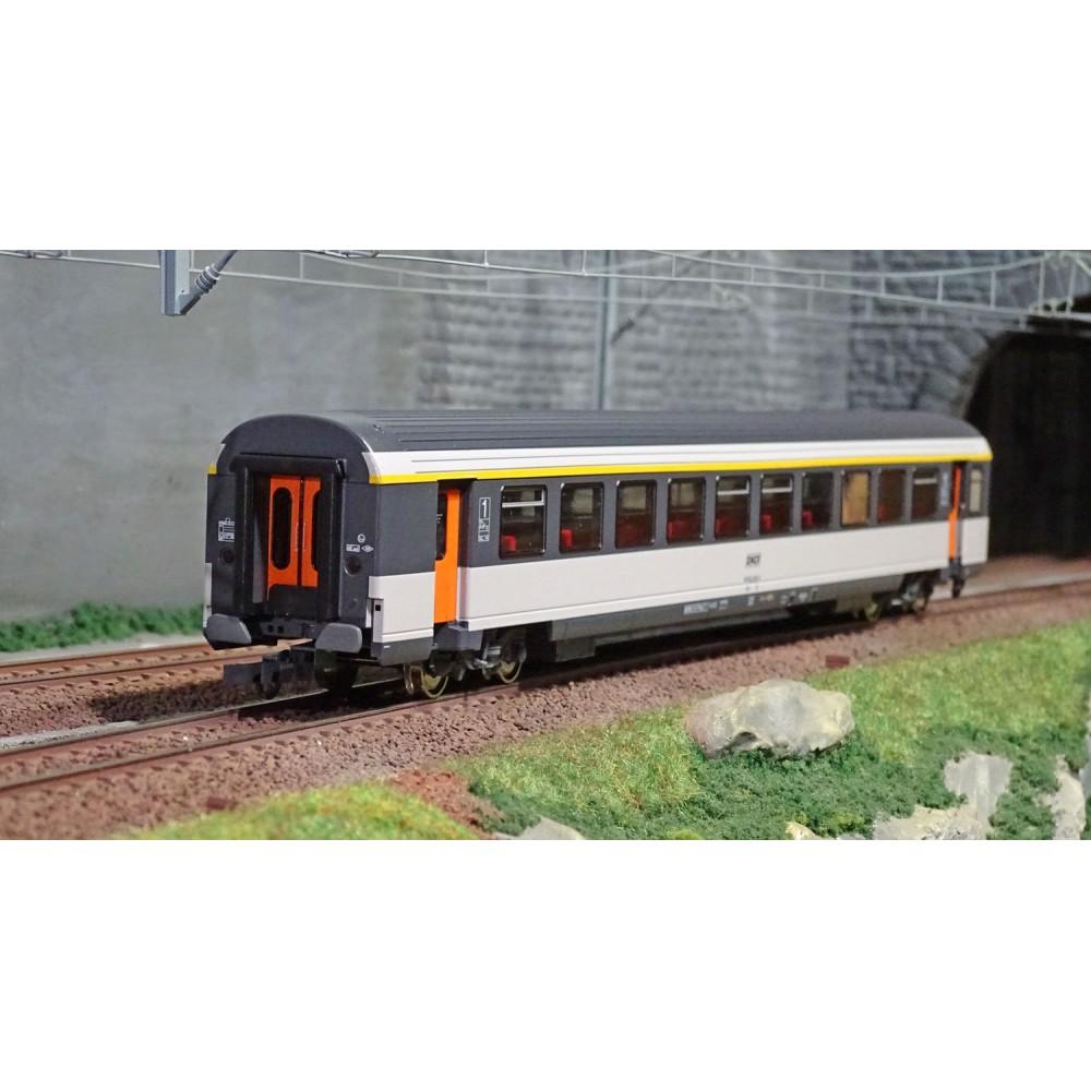 Roco 74530 Voiture voyageurs Corail 1ère classe, SNCF