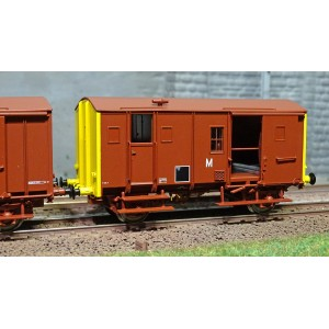 EPM 51.00.12 Set de 3 wagons marchandise Fourgons Us, rouge UIC, toit et châssis rouge, SNCF,  ep.V-VI