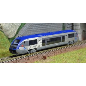 "Arnold HN2478 Autorail diesel X73630, SNCF, petit logo ""TER"", logo carmillon"