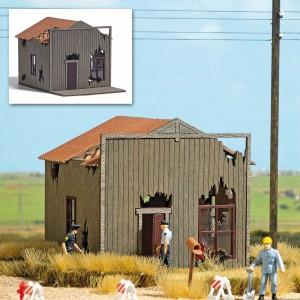 Busch 9718 Maison en ruine