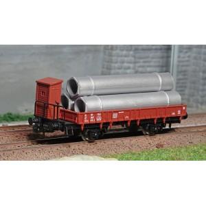 Jouef HJ5704 Wagon plat à ridelles, brun avec guérite, chargé tuyaux, SNCF