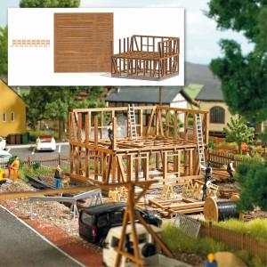 Busch 1371 Maison à colombages en construction