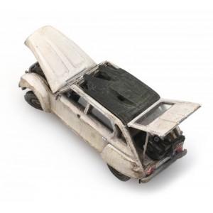 Artitec 487.601.05 Citroën Dyane épave, RIP