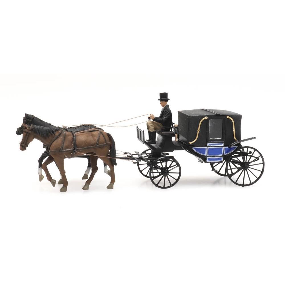 Artitec 387.424 Cocher, chevaux et calèche fermée