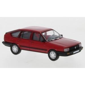 PCX 87 PCX870076 Volkswagen Passat B2, rouge, 1985