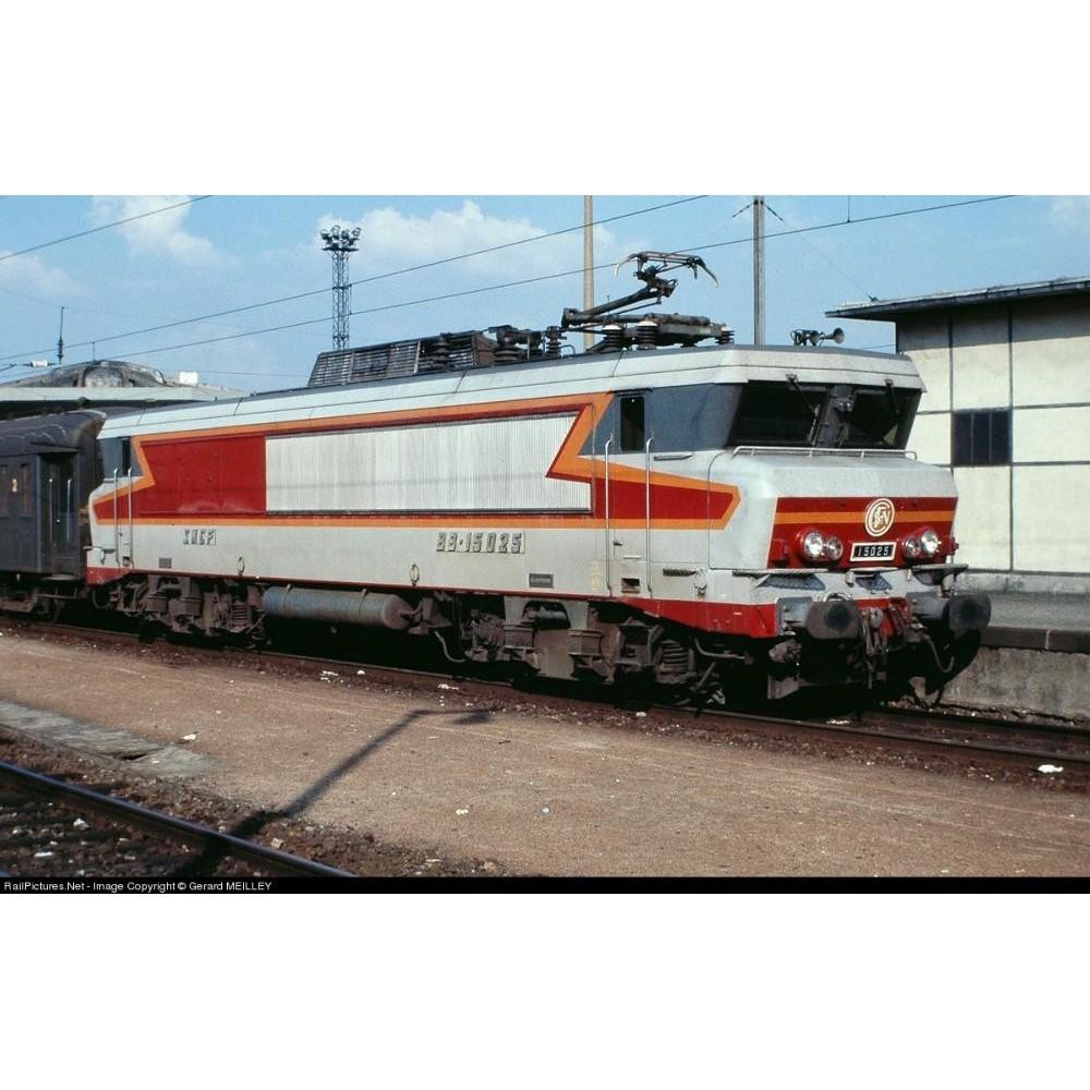 Img/11/ESU-57402-big.jpg