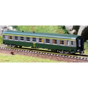 REE Modeles NW 143 Voitures voyageurs UIC A9, verte / alu livrée 160, logo jaune encadré, SNCF