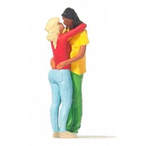Preiser 28227 personnages, couple s'embrassant