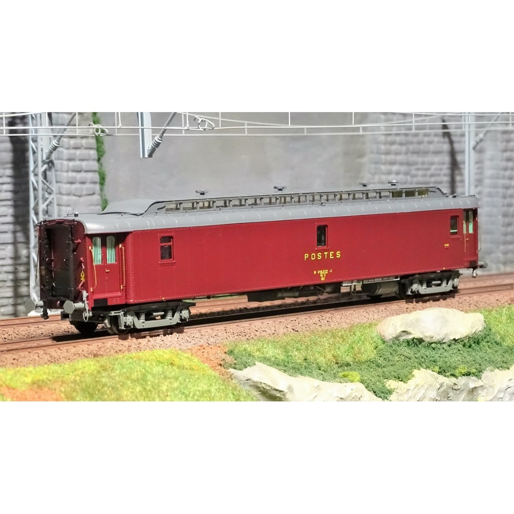 Ree Modeles VB 086 Voiture postale ambulant OCEM 21.6m, PAz brun PTT, toit gris, châssis gris