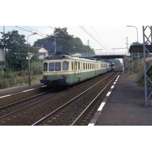 Jouef HJ2386S Autorail diesel X 2700 à 2 voitures, SNCF, livré vert et jaune, digital sonore