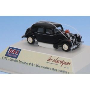 SAI 6115 Citroën Traction 11B 1952, noire, Voiture des Mariés